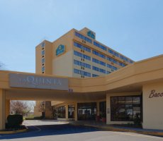 La Quinta Inn & Suites – Secaucus Meadowlands